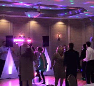 amore Plymouth, wi wedding party full dance floor